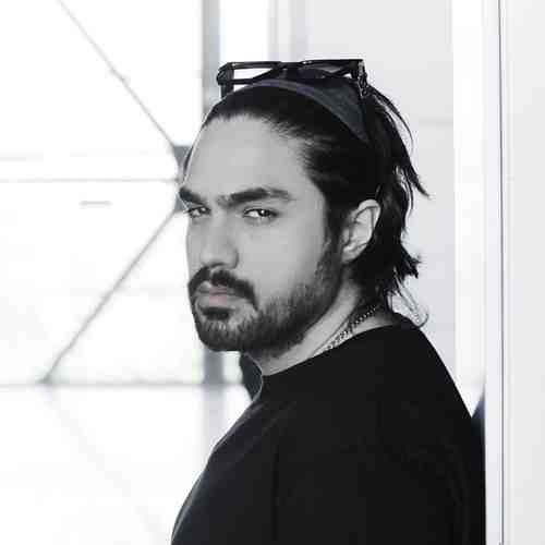 Shayan Eshragi Micharkhim 500x500 - دانلود آهنگ جدید شایان اشراقی بنام میچرخیم
